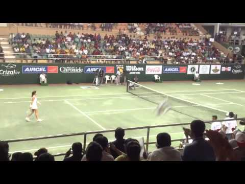 Marcos Baghdatis, Agnieszka Radwanska court level play