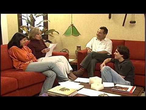 Clique e veja o vídeo Finanças na Família - Dívidas