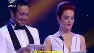 kıvanç tatlıtuğ 39 Awards ~ Kanal D ~ 11-6-2012_(new).