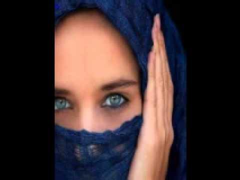 Nazia Iqbal & Shehensha Bacha Pashto Tapay   Lare Ma Sata Pa Tama Ta Che Zama Rebar Rate Na Ba Darzi