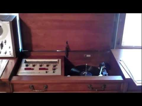 1965 Fisher Ambassador VII. Playing a 1961 RCA Victor Stereo High Fidelity Demonstration Record