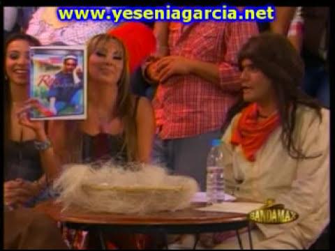 LA CANTINA DEL TUNCO EL BABY SHOWER DE PERLA GARCIA, HERMANA DE YESENIA GARCIA.mpg