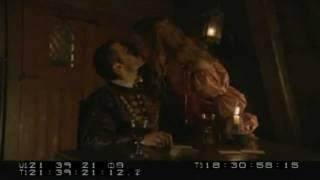 Henry Cavill Hot Kissing Blooper! [The Tudors]