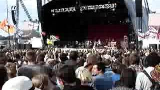 Glastonbury 2008 - Mark Ronson (Ooh Wee)