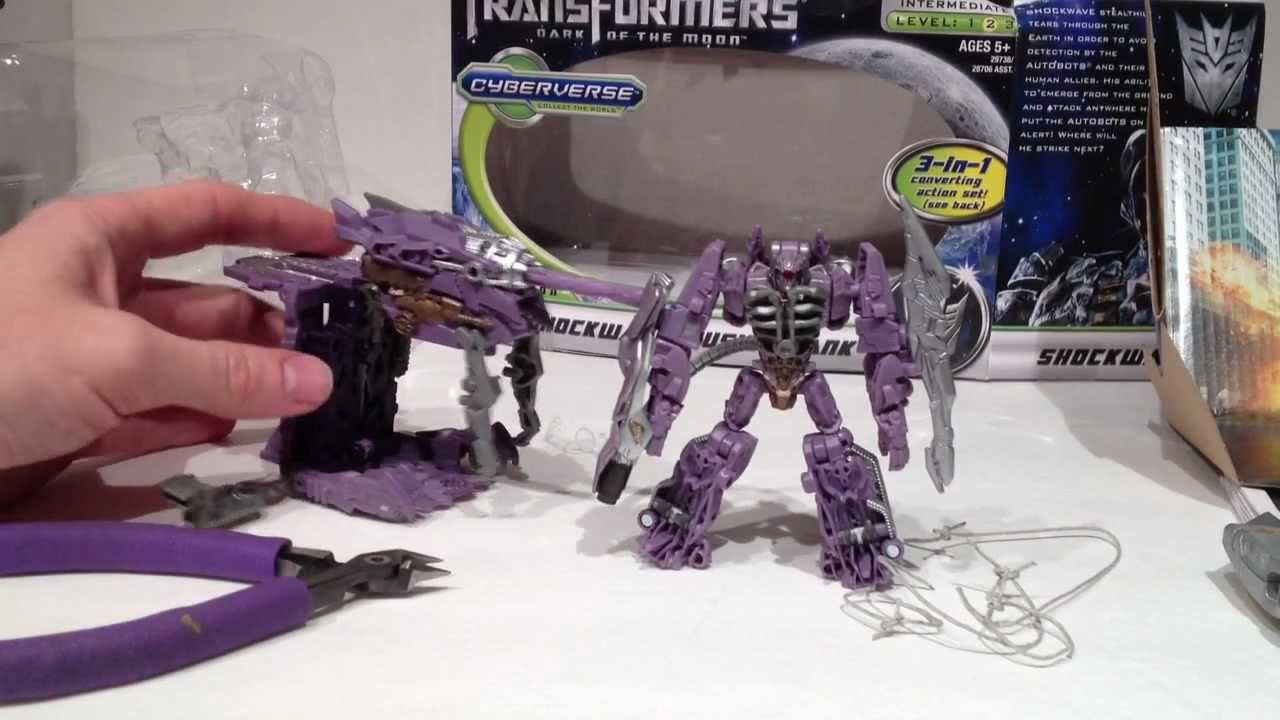 Transformers Dotm Shockwave Dotm Cyberverse Shockwave