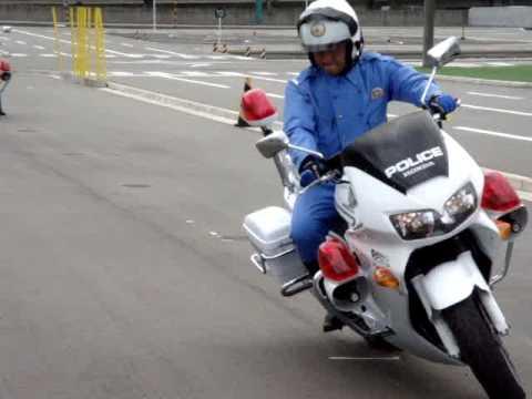 その2:福岡県警のロッシとロレンソ? ★YSP福重★