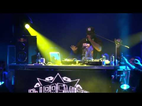 Dj Premier Live in Santiago, Chile. 2012/08/05. HD.