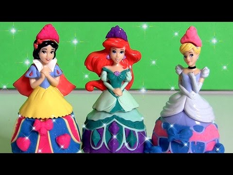 Play Doh Sparkle Princess Snow White, Ariel, Cinderella Mix 'n Match Glitter Fashion Design-a-Dress
