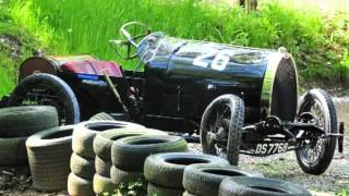 Incidente distrugge la sua Bugatti d
