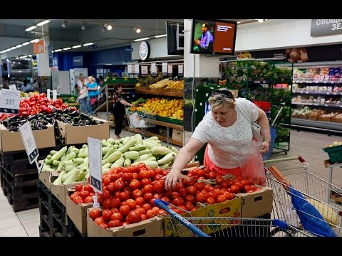 Russia bans food imports from U.S., European Union