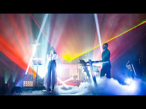 Daniel Dorobantu & Dora Gaitanovici - Acasa - Live in Millenium Church