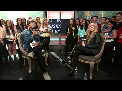 Avril Lavigne - Interview Much Music 2013