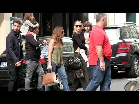EXCLUSIVE : SINGLE Jennifer Lopez and her children shopping in Paris