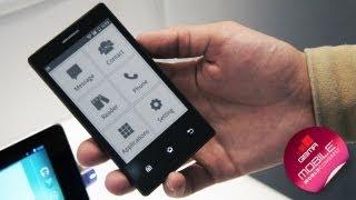 MWC 2013: удивительный E-Ink смартфон (English subtitles)