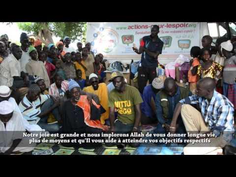 Distribution de Colis Vestimentaires dans le Village de MAKA GOUY