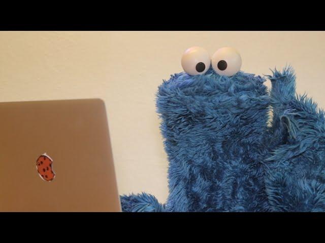 Cookie Monster Tries to #BreakTheInternet