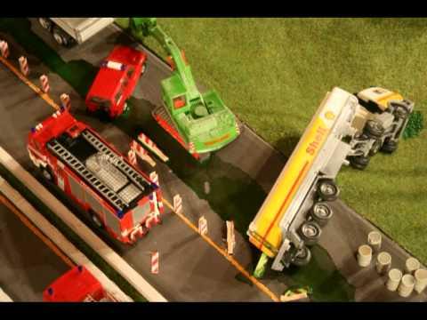 Gefahrgutunfall auf der A1.mpg