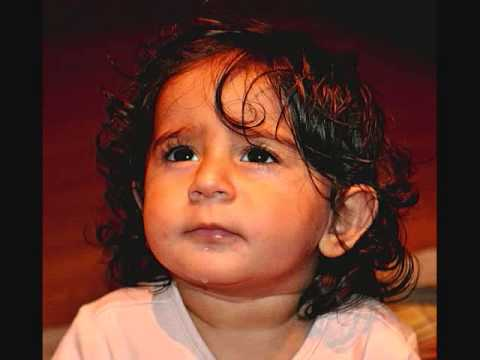 Mujhko Is Raat Ki Tanhai Me Aawaaz (karaoke Mukesh) video