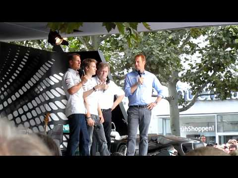 Michael Schumacher, Nico Rosberg und Norbert Haug bei Stuttgarter Sternstunden am 14.08.2011