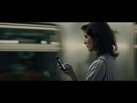 Campaña que 'hackea' tu mente para cuestionar el poder de la publicidad