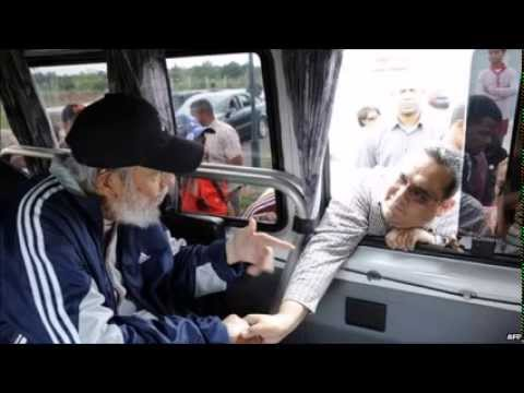 Cuba's Fidel Castro makes rare appearance after 14 months