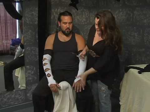 Adult Costumes for Men : How to Make a Jeff Hardy WWE Costume