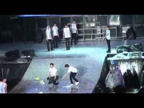 Super Junior  quậy tung  Super Show 3   Ca nhạc   MTV