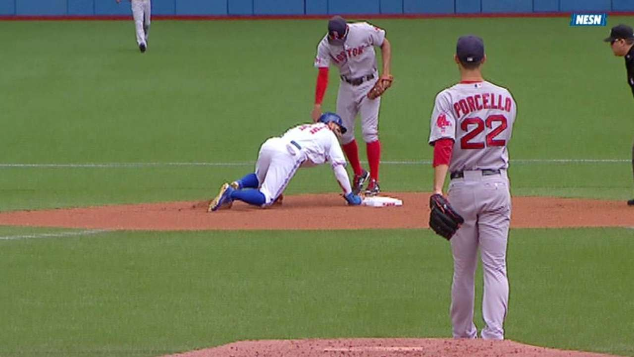 BOS@TOR: Porcello picks off Pillar after a review