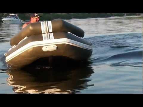 лодка с фальшбортом