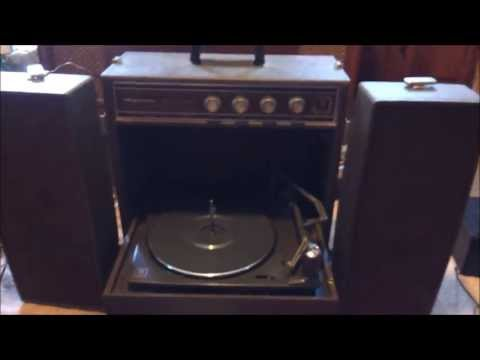 Magnavox portable recordplayer review/show