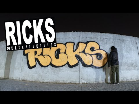 "Graffiti   Night Timelapse Street Bombing w/ Orange Rollers   ""NARANJA"" by RICKS SAC (Barcelona, ES)"