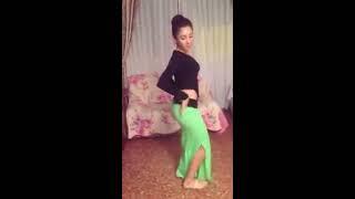 Download Yeşil Etekli Kız Oryantal Dans 3Gp Mp4