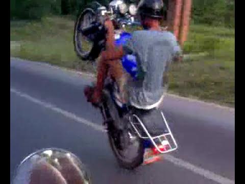 Moto Pirueta Caballito