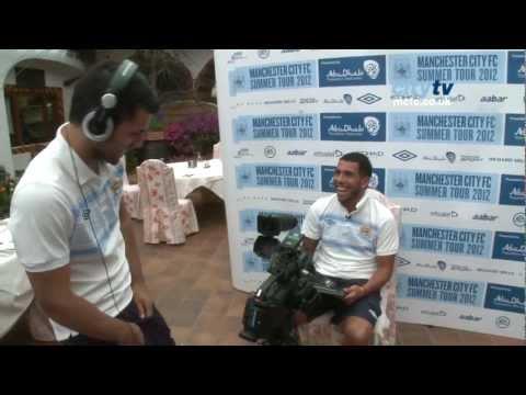 EXCLUSIVE #askcarlos - Kun Aguero films Carlos Tevez on Mario Balotelli, golf and United