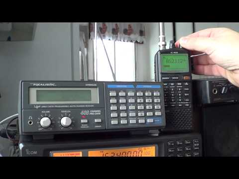 Realistic PRO-2006 VS Icom IC R20 on 800 Mhz