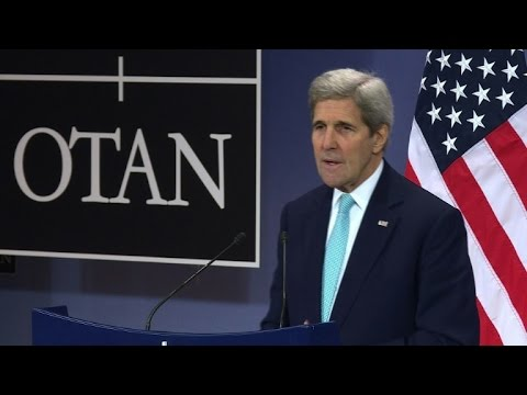 Kerry urges NATO to 'step up' IS fight, praises Britain
