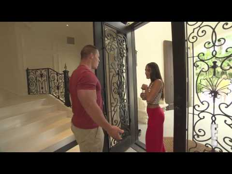 Total Divas Season 1, Episode 10 clip: Nikki Bella moves in with John Cena