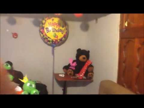 Angry birds decoracion sorpresa happy birthday youtube for Cuartos decorados romanticos con globos