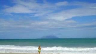Watch Chris Rea On The Beach video