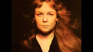 Watch Sandy Denny The Lady video