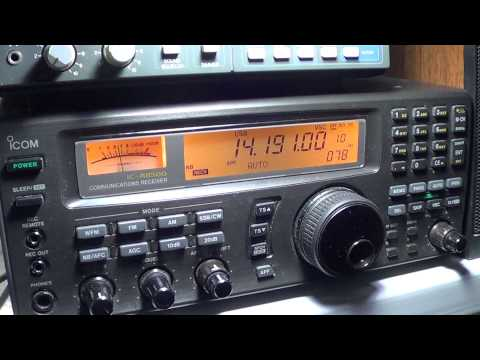 J85K amateur radio station in St Vicent on icom ic r 8500 receiver