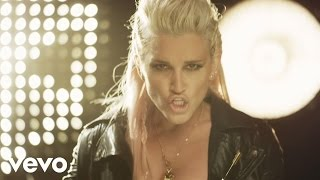 Клип Ashley Roberts - Woman Up