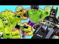 LEGO Batman Movie Batman and Hulk! Defeat the Giant Crocodile and Villain! - DuD