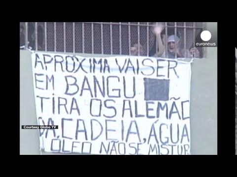 Pelea entre detenidos en una cárcel de Brasil -- imágenes violentas