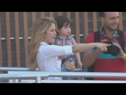 Shakira And Son Milan Visit Colombia: Singer Opens New School video
