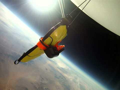 Un iPad sobrevive a una caída desde el espacio (100,000 pies de altura)