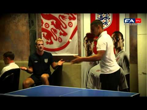 Walcott, Oxlade, Hart & England play table tennis - Euro 2012 | FATV