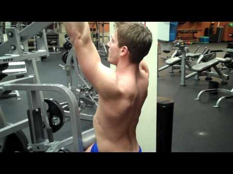 Seated Lat Pulldown (Hammer Strength) Image 1
