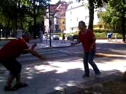 Świnoujście pijaki tańczą menele żule show