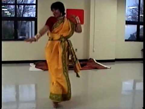 Bengali Folk Dance Sadher Lau Saraswati Pujo 2010 video